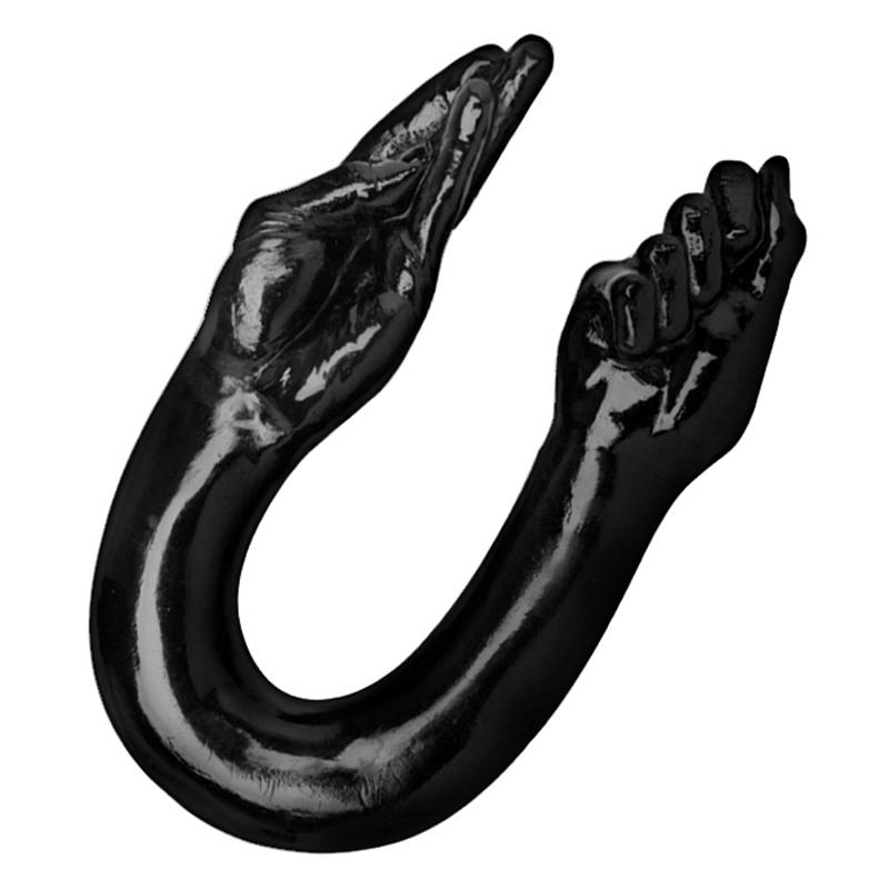 Огромный страпон в жопе
